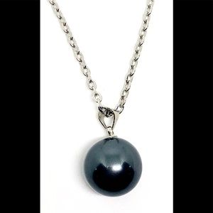 Black Glass Pearl 14mm Pendant Silver Tn Necklace